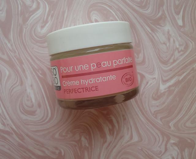 crème hydratante pour une peau parfaite so bio étic