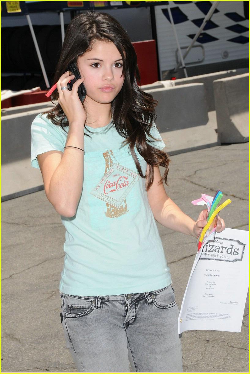 American Actress Selena Gomez Fashion Dresses Wallpapers