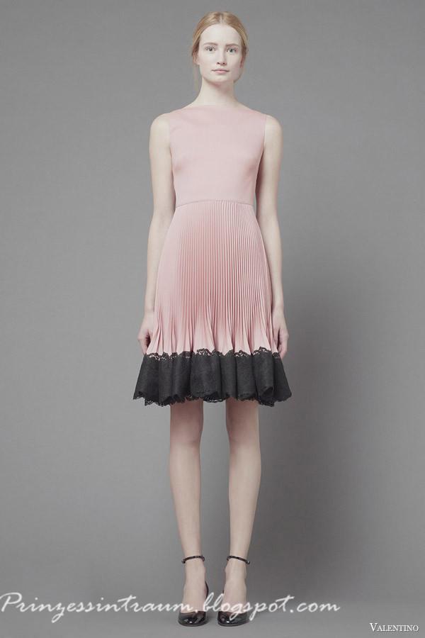 haute couture brautkleider haute couture brautkleid von valentino haute couture brautkleider. Black Bedroom Furniture Sets. Home Design Ideas