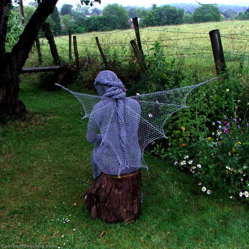 Fairy statues on pinterest wire sculptures robin wight for Chicken wire sculptures uk