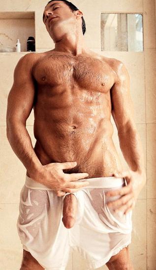 Мокрые голые парни фото