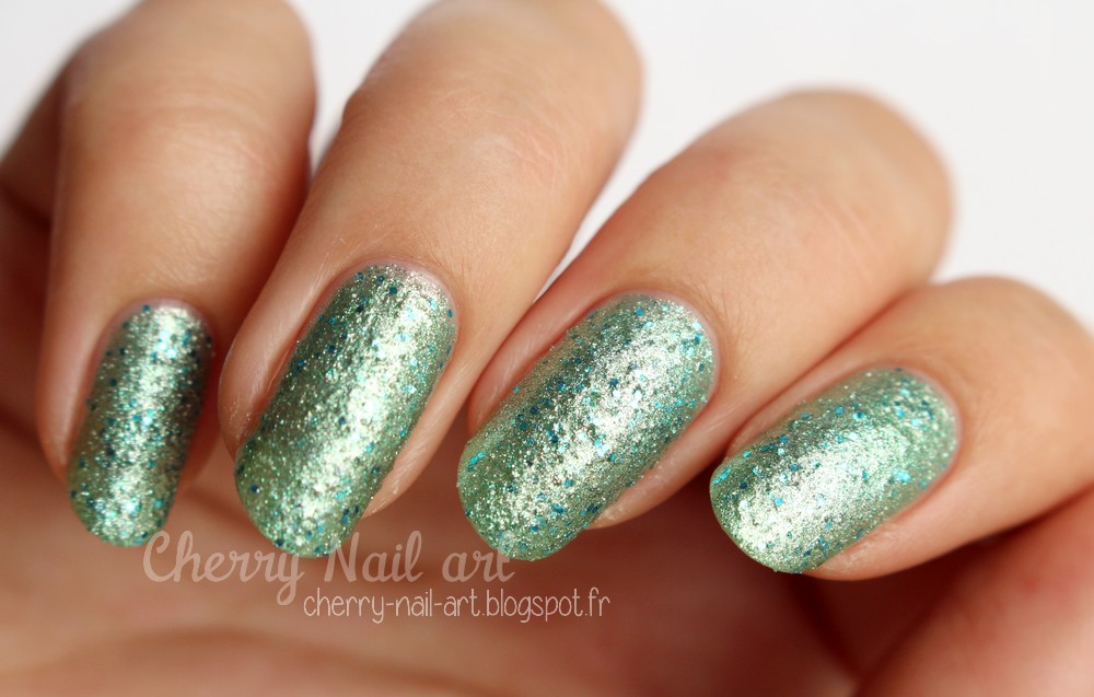 vernis texturé color club 1016 Riviera collection sea salt