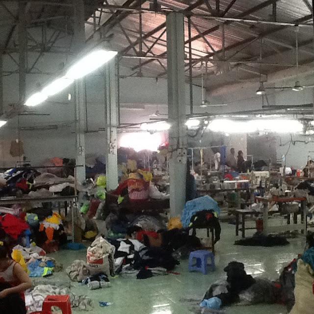 Cho thuê 2 nhà xưởng đang làm may 470m2 và 560m2 Thạnh Lộc, Quận 12