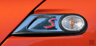 MINI Cooper S emblem