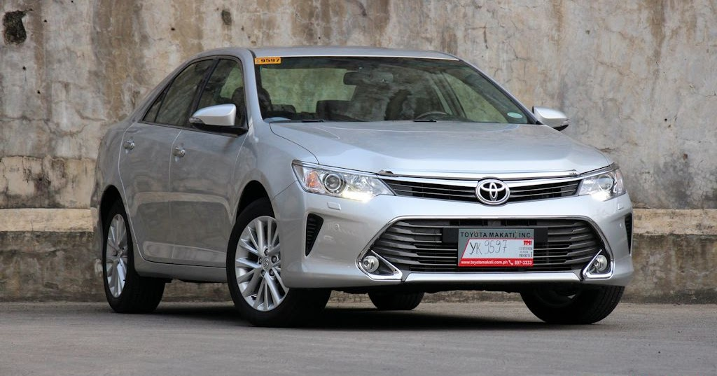 review 2015 toyota camry 3 5 q carguide ph philippine car news car reviews car features. Black Bedroom Furniture Sets. Home Design Ideas