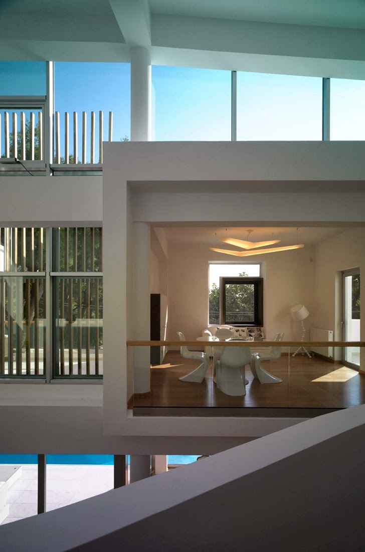 Dining room in Kostala House by Thanos Athanasopoulos