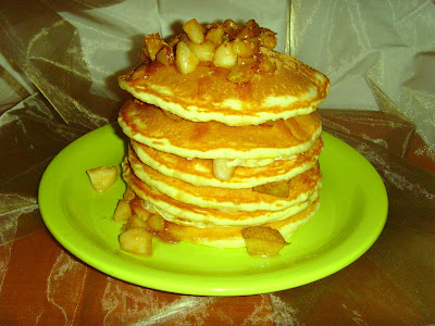 reteta Pancakes cu pere si scortisoara