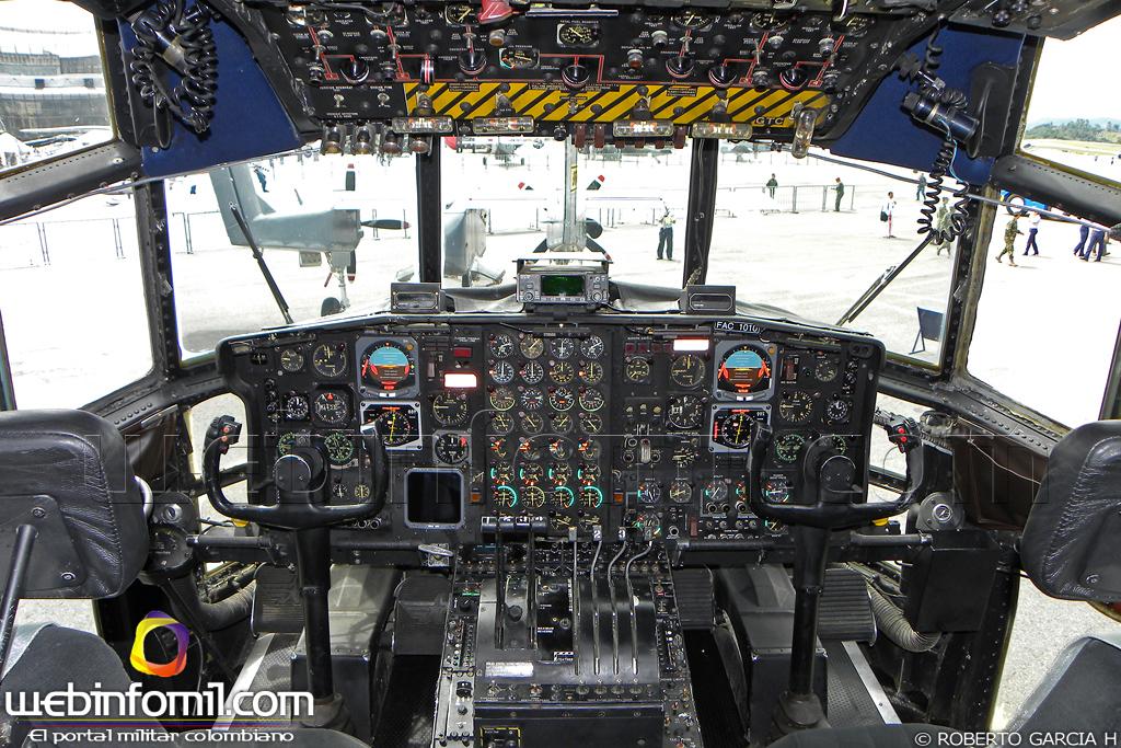Colombia - Página 38 Cabina+C-130+Hercules+Fuerza+Aerea+Colombiana