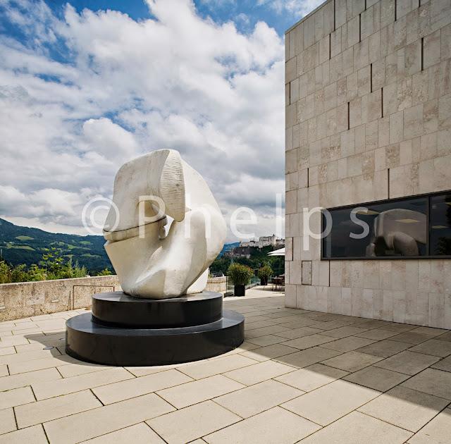 Museum der Moderne Salzburg Skulpturenpark - Arch. Friedrich, Hoff, Zwink - Foto Andew Phelps
