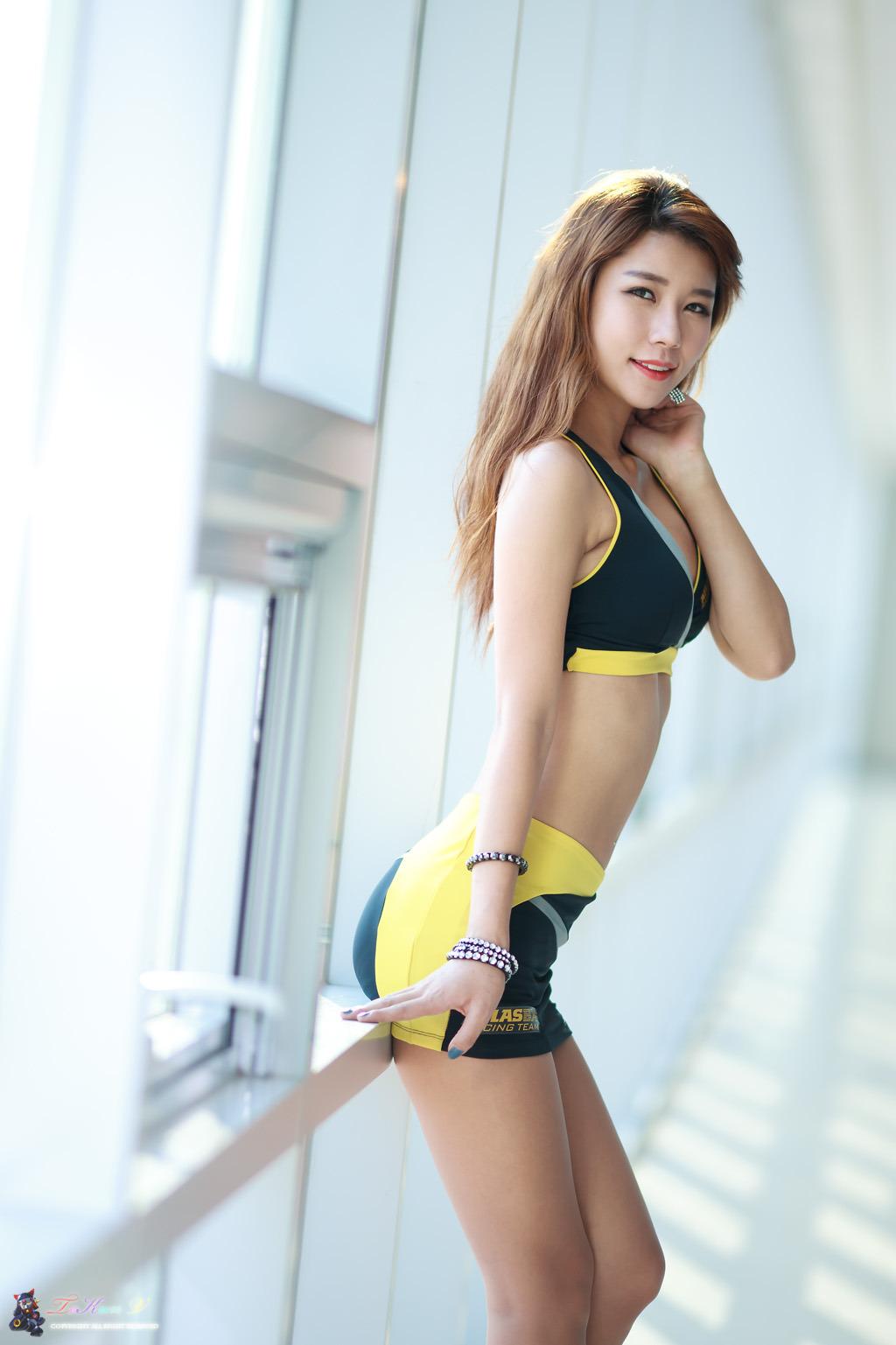 Boobs Bikini Kim Yoo Yeon naked photo 2017