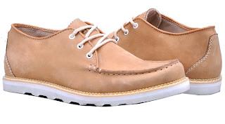 Model Sepatu Sneakers Pria