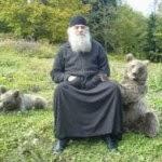 diaforetiko.gr : monaxoi arkoudes 2 150x150 Όταν ο άνθρωπος έχει μέσα του το Θεό…