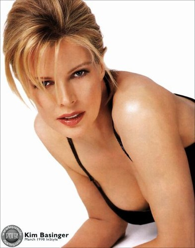 Kim Basinger Hot Wallpapers
