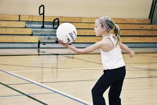 Jogos pré-desportivos na iniciação do voleibol