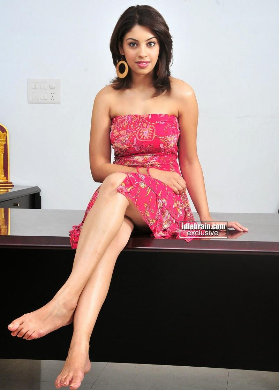 Richa Gangopadhyay legs up