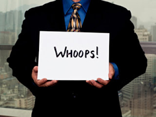 http://3.bp.blogspot.com/-YvAEnRp9ja8/Tq0XOR_hb1I/AAAAAAAABUA/9OWBdS89BVc/s400/business-man-mistake-whoops.jpg
