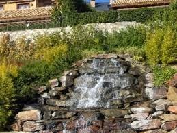 fuentes en jardines