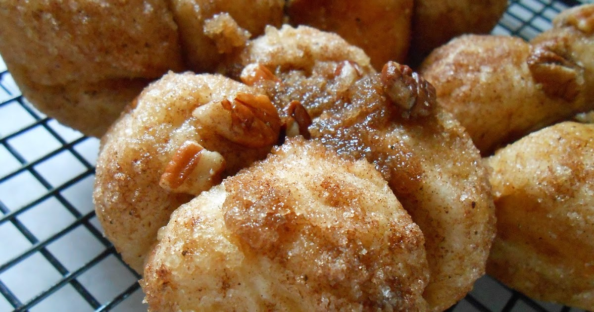 The Better Baker: Monkey Bread Muffins
