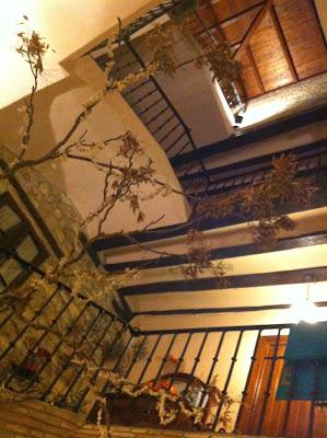 Escalera barroca Enoteca Entreviñas