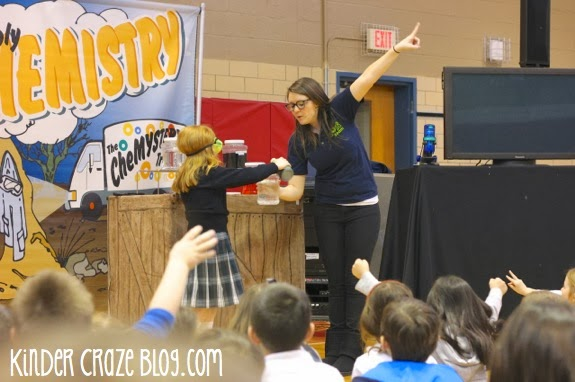 COSI on Wheels Chemistry science assembly