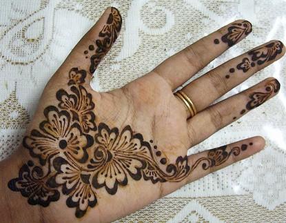 Mehndi Modern Arabic : Latest mehndi designs simple and modern