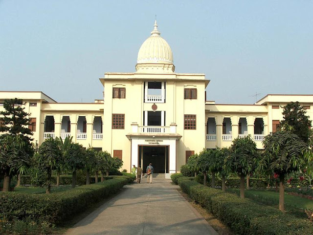http://3.bp.blogspot.com/-YvXsuORbMdI/TaQNgjRKrII/AAAAAAAAAOk/DLy8I6Pogjc/s1600/Calcutta-University.jpg