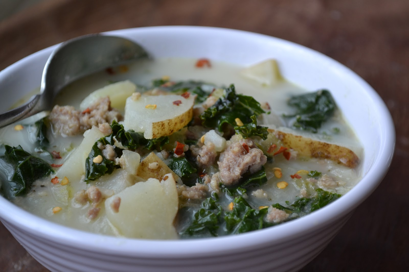 Sausage potato and kale soup recipe dishmaps for Olive garden potato sausage kale soup recipe