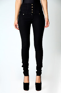 Boohoo High-waisted Jeans on Ses Rêveries