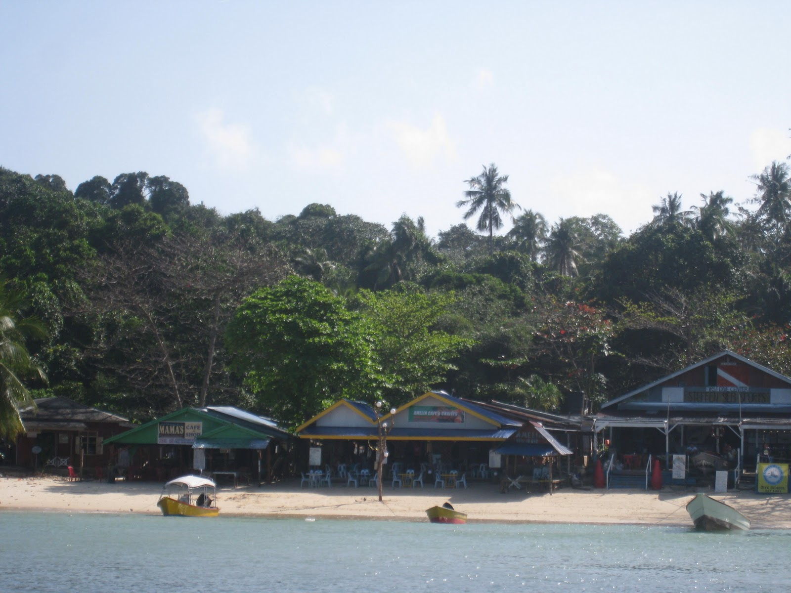 teratak amelia coral bay disember 2011