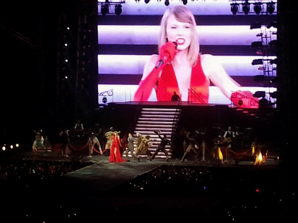 Taylor Swift The Red Tour MOA Arena June 6, 2014
