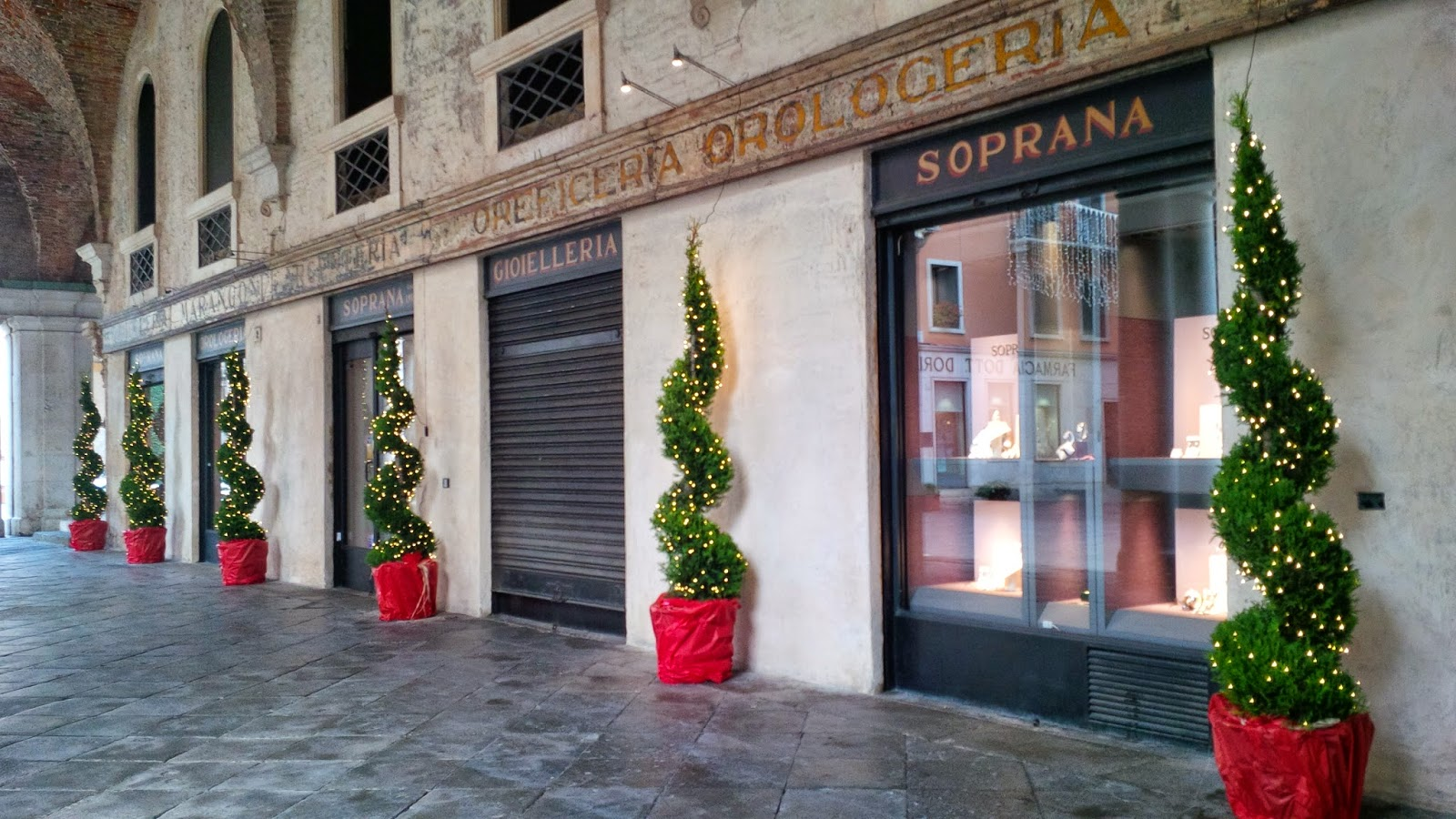 Abstract Christmas trees by a jewellery shop in Palladio's Basilica