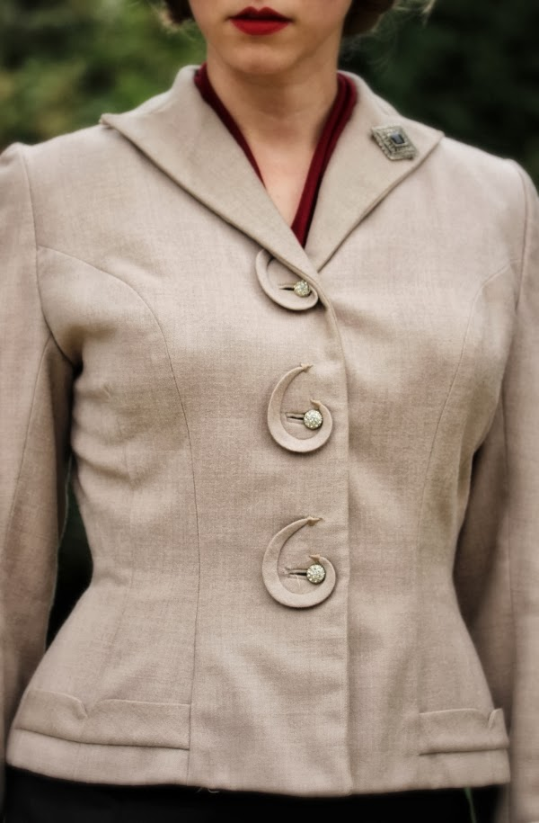 Amazing Detail Work on Vintage Suit #vintage #suit #1940s #fashion