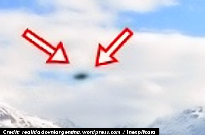 UFOs Reappear Over Lago Puelo, Argentina - 2012