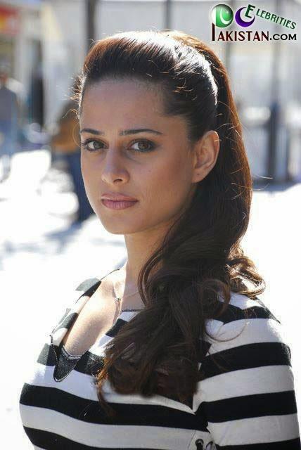 Mehreen Raheel Hot Picture