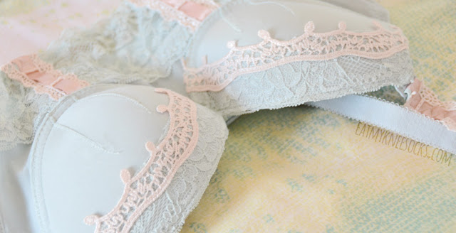 The Leanne bustier bra from Petite Cherry is truly stunning, with cute 3D lace trims and contrasting pastel pink details.