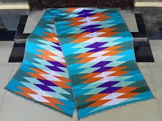 Model Baju Kerja Batik Rangrang