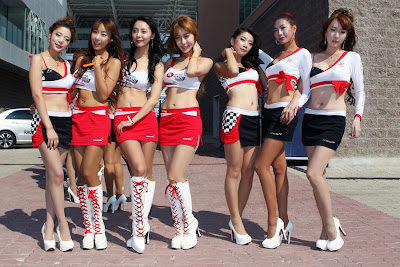 Asian-Grid-Girls