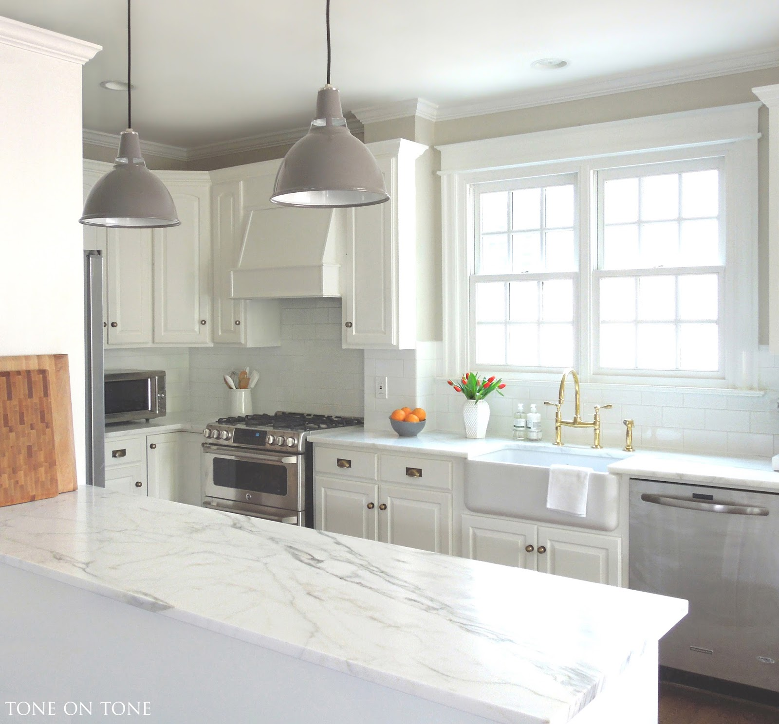 Tone on Tone: A Kitchen Makeover