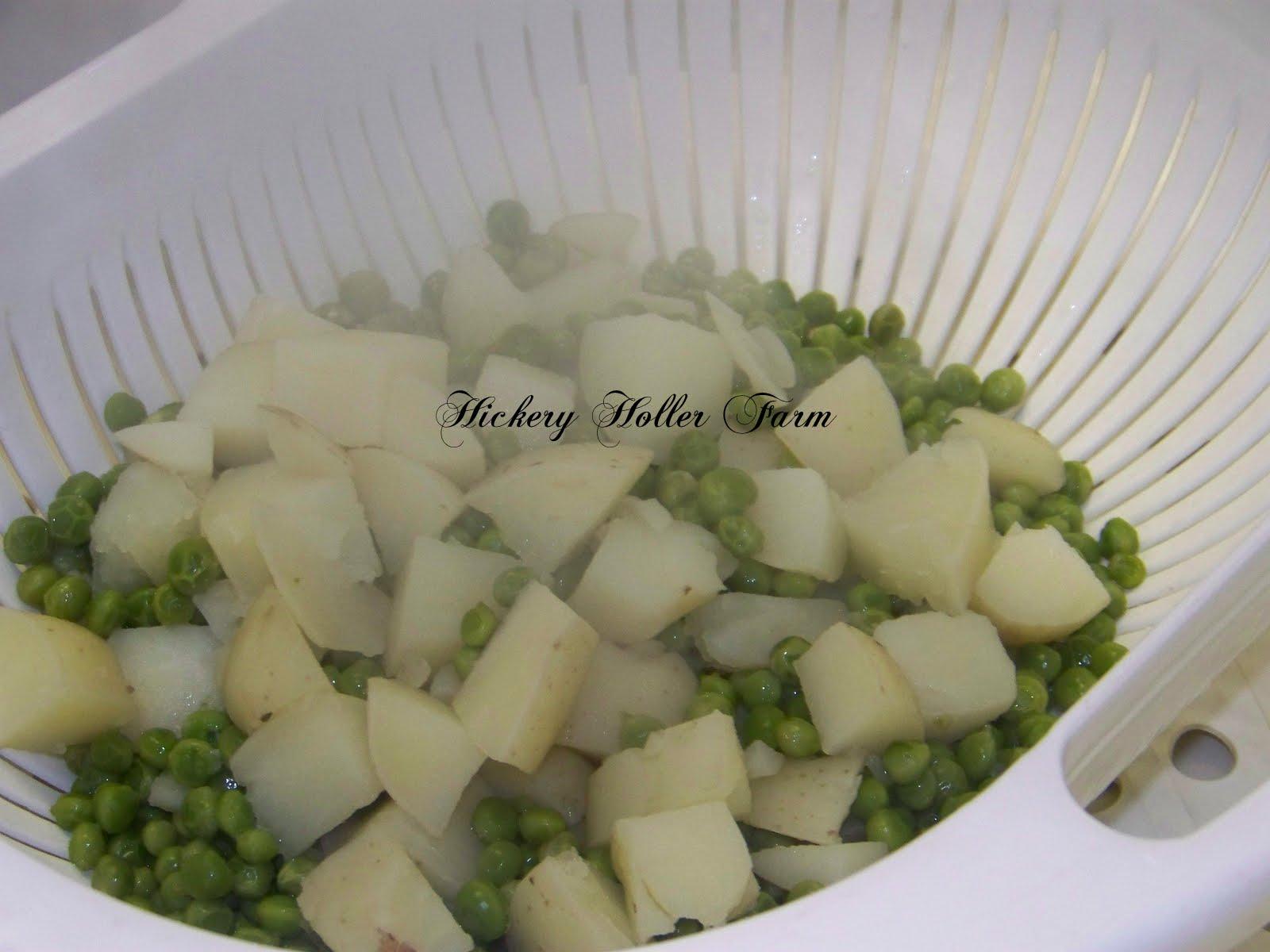 how to make creamed peas and potatoes