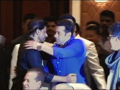 Salman Khan & Shah Rukh Khan meet again at Iftaar party
