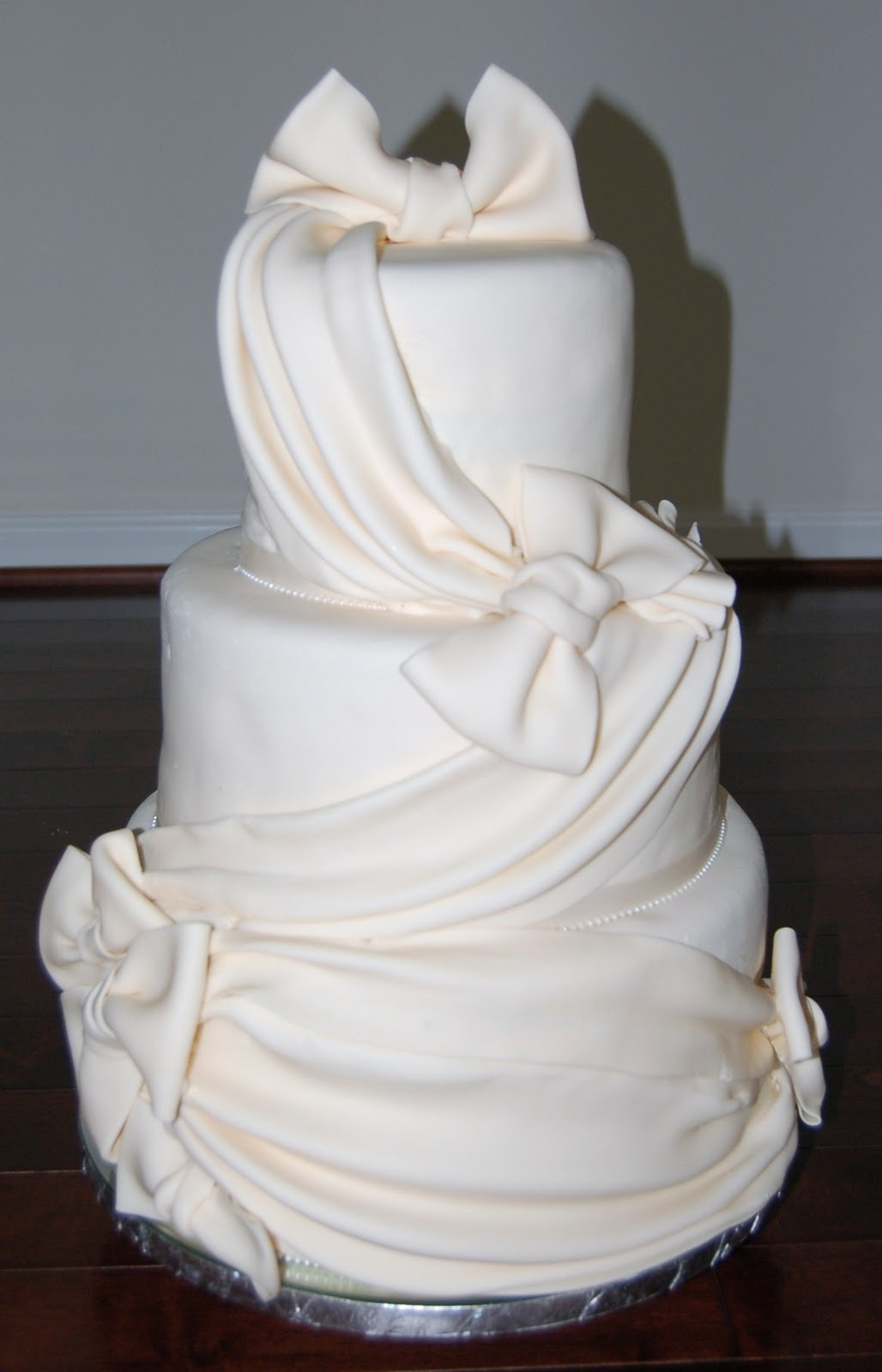 haven sweets ivory wedding cake