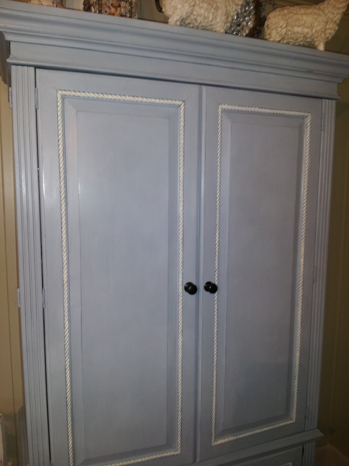 Chalk paint armoire makeover by lady butterbug for Chalk paint comparable to annie sloan
