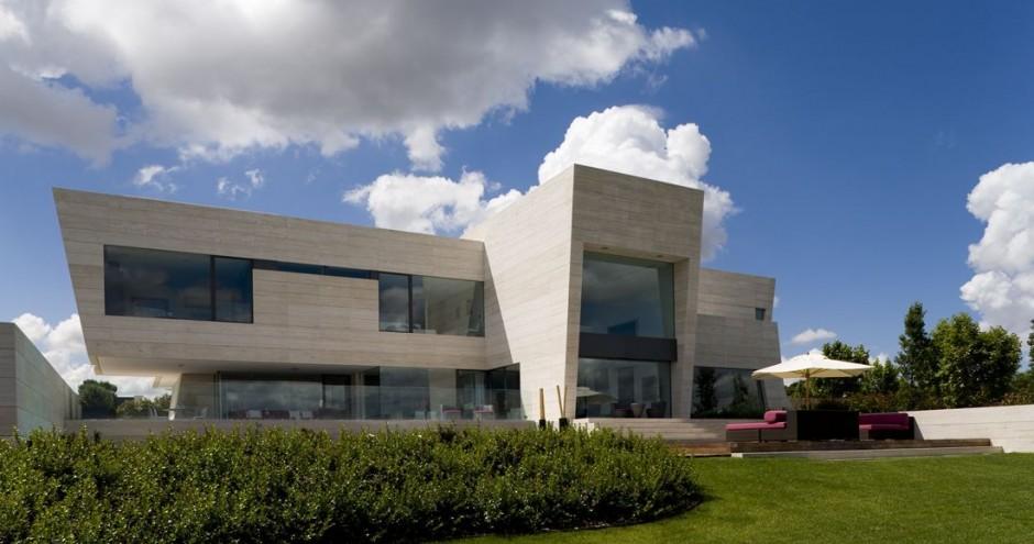 Arquitectura en espa a casa de lujo en somosaguas madrid - Casas modernas madrid ...