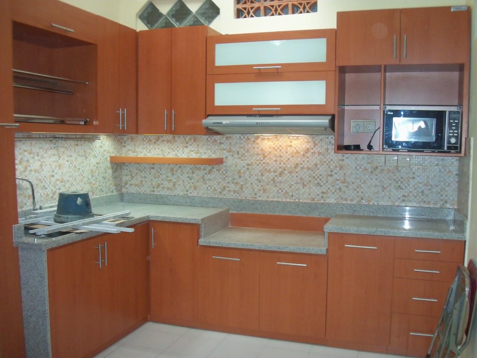 Kitchen set malang star wood ibu nurdiana malang for Ukuran kitchen set