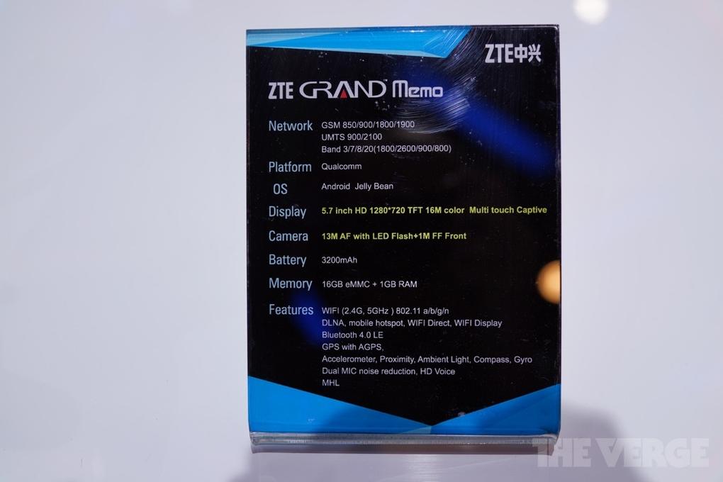 ZTE Grand Memo hands on 005