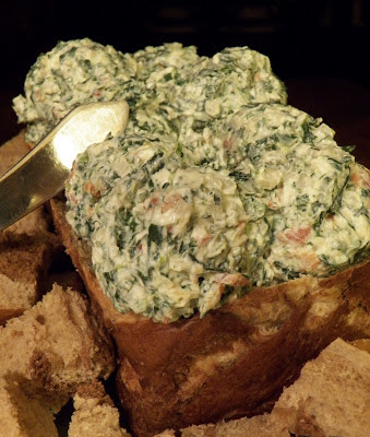 Spinach and Bacon Dip in bread loaf