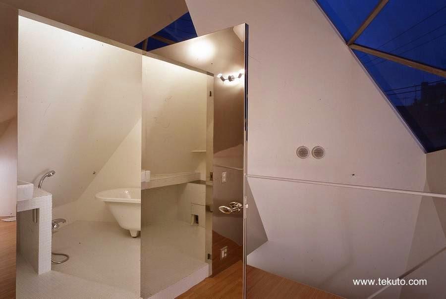 Acceso al baño principal de la casa