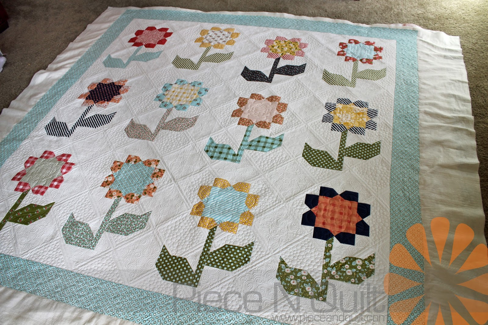 Piece N Quilt: Cottage Blossoms - Custom Machine Quilting by ... : quilting cottage - Adamdwight.com