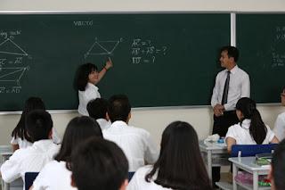 Giải các bài toán va chạm với định luật bảo toàn