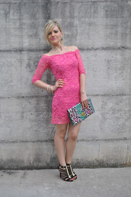 outfit fucsia come abbinare il fucsia outfit abito fucsia outfit vestito fucsia abiti estate 2015 outfit 29 luglio 2015 outfit estivi donna outfit estate 2015  summer outfits how to wear fucsia how to combine fucsia mariafelicia magno fashion blogger  color block by felym summer outfits  lace dresses